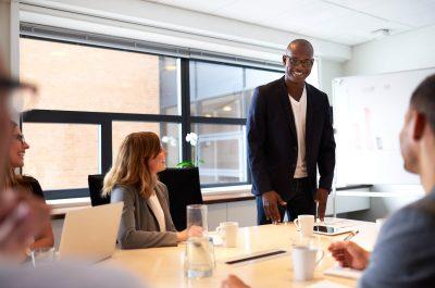 Saiba como delegar tarefas de forma eficiente