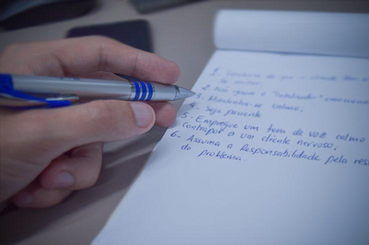 6 dicas indispensáveis para acalmar um cliente nervoso